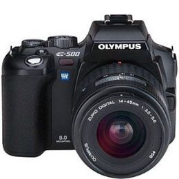Olympus E-500 with 14-45mm lens Reviews