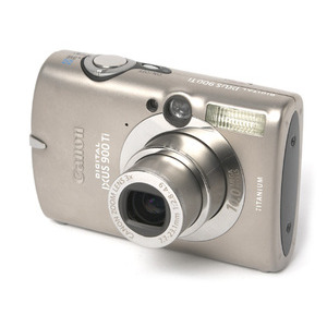 Photo of Canon Digital IXUS 900TI Digital Camera