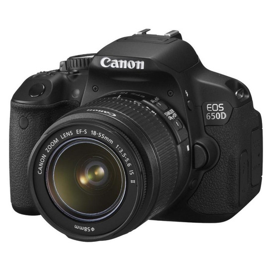 Canon EOS 650D Digital SLR Camera with 18-135 mm IS Zoom Lens