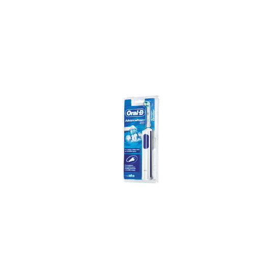 Oral-B AdvancePower 900 Rechargeable Toothbrush