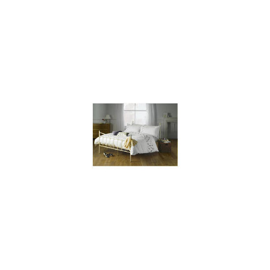 Elspeth Gibson Lavender Leaves Duvet Set King, White