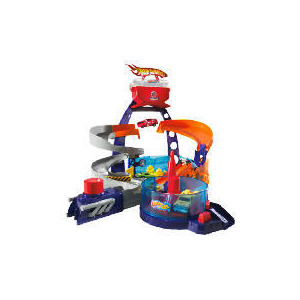 Photo of Hot Wheels Colour Shifter Custom Garage Playset Toy