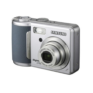 Photo of Samsung Digimax S700 Digital Camera