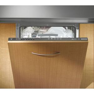 Photo of Hoover HFI3015 Dishwasher