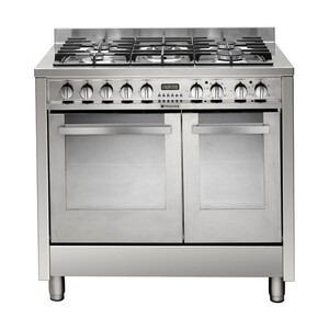 Photo of Hotpoint EG902GXS Cooker