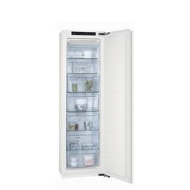 AEG AGN71800F0 Integrated Tall Freezer Reviews
