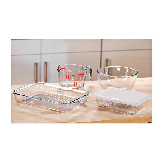 Pyrex 4 piece bakeware set