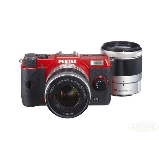 Pentax Q10 with 5-15mm and 15-45mmTwin Lens Kit