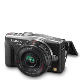 Panasonic LUMIX DMC-GF6 Digital Camera with 14-42mm and 45-150mm Lenses Reviews