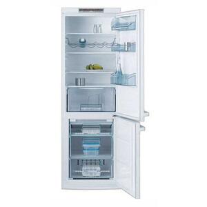 Photo of AEG S75340KG9 12 CU Fridge Freezer