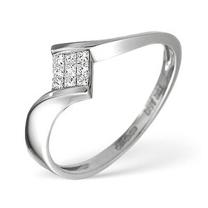 Photo of 18K White Gold Princess Diamond Twisty Ring Jewellery Woman