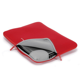 "Tucano Second Skin Slip Case Red 17/18"" Reviews"