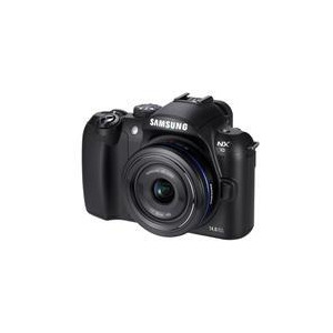 Photo of Samsung NX10 With 30MM Lens Digital Camera
