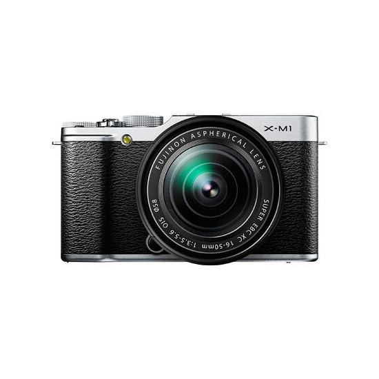 FujiFilm X-M1 with 16-50mm Lens