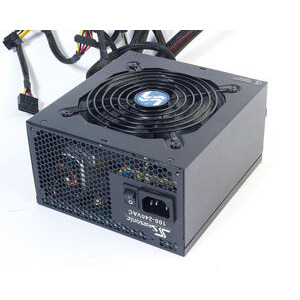 Photo of Seasonic X-650 Power Supply