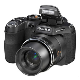 Fujifilm FinePix S1800 Reviews
