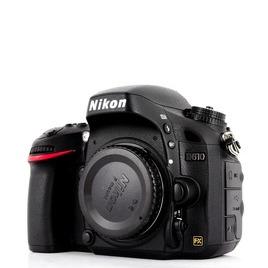 Nikon D610 Reviews