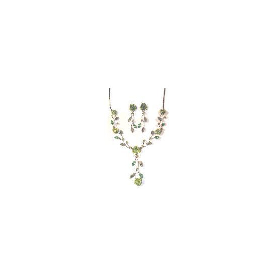 Noreen London Sparkling Celadon Green Rose Set