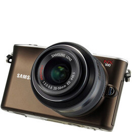 Samsung NX100 with 20-50mm lens Reviews
