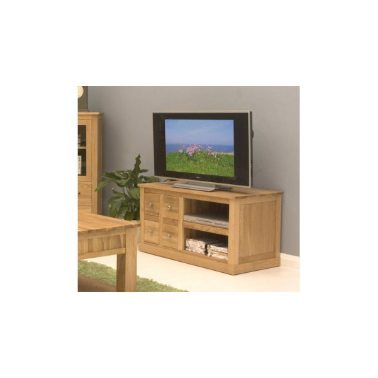 baumhaus mobel cor09a brand new contemporary solid oak tv and dvd cabinet