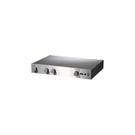 Audiolab 8200Q