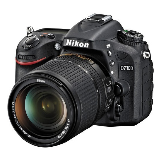 Nikon D7100 Digital SLR Camera with 18-140mm Lens Kit