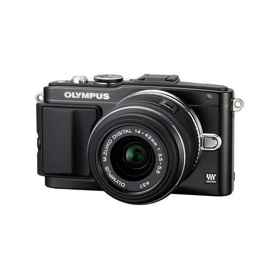 Olympus PEN E-PL5 with 14-42 mm + 40-150 mm II R Lens