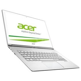 Acer Aspire S7-393 13.3 Glass White Multi-Touch Intel Core i7 - 5500U 8GB 256GB SSD Shared No Opt W Reviews