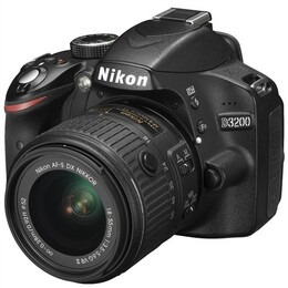 Nikon D3200 Digital SLR Camera with 18-55mm VR II Lens Kit (Black) Reviews