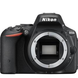 Nikon D5500 Reviews