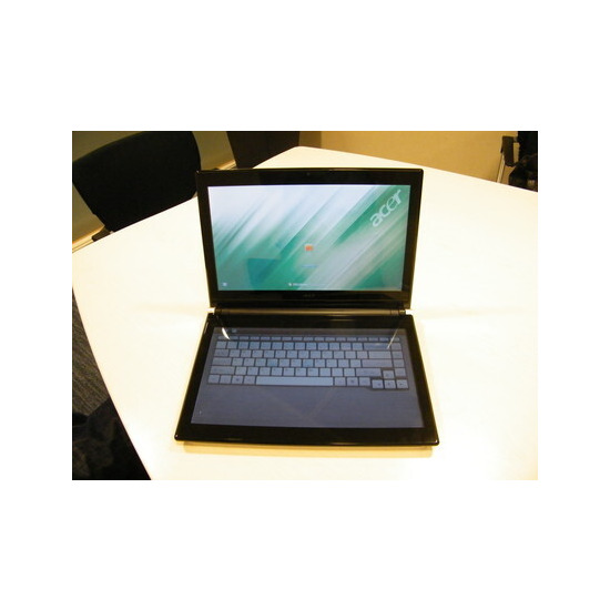 Acer Iconia 484G64N