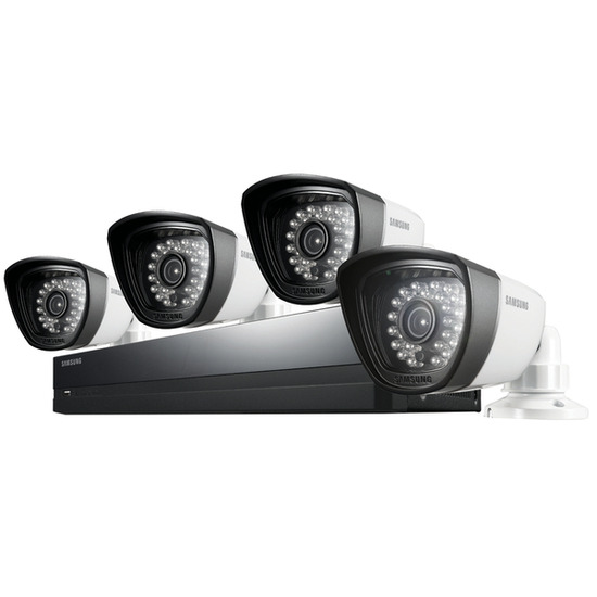 Samsung SDS-P3042 Four-Camera Four-Channel CCTV Kit