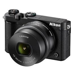 Nikon 1 J5 with 10-30mm Lens Reviews