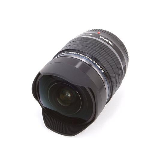 Olympus M.ZUIKO Digital ED 8mm f/1.8 Fisheye PRO