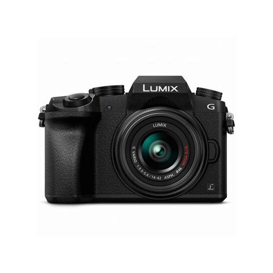 Panasonic Lumix G7 with 14-42mm Lens