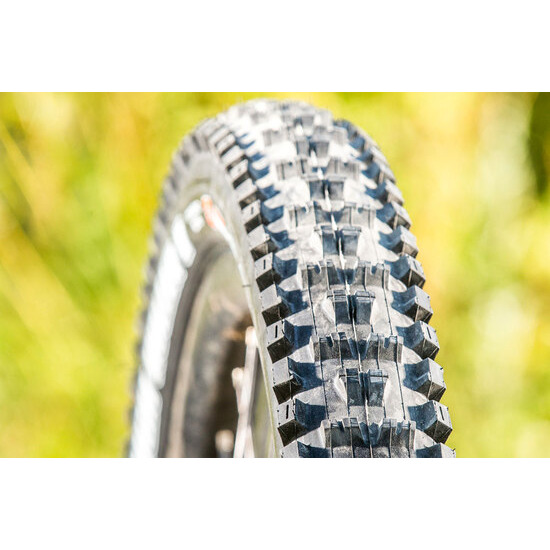 Maxxis High Roller II tyre