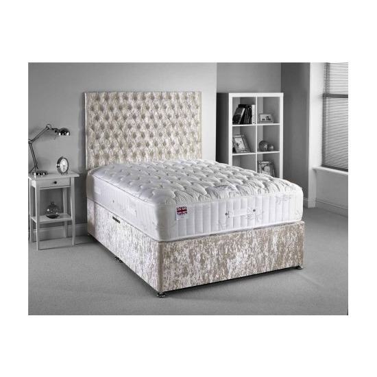 Luxan Provincial Bed Set
