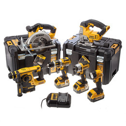 Dewalt DCK699M3T18V Reviews
