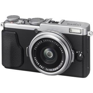 Photo of FujiFilm X70 Digital Camera