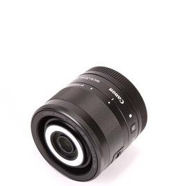 Canon EF-M 28mm f/3.5 Macro IS STM Reviews