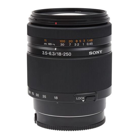 Sony SAL18250 18-250 mm f/3.5-6.3 Telephoto Zoom Lens