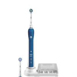 Oral-B CrossAction PRO 4000 Electric Toothbrush Reviews