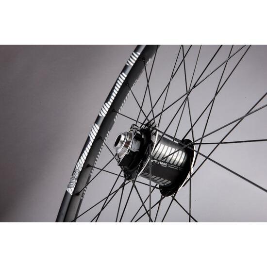 E13 TRS+ wheelset