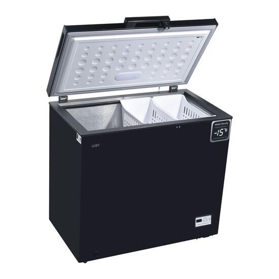 LOGIK L200CFB17 Chest Freezer Black