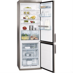 Photo of AEG S53600CSS0 Fridge Freezer