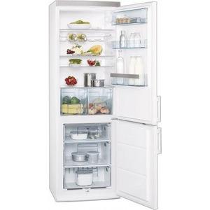 Photo of AEG S53600CSW0 Fridge Freezer