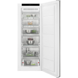 AEG AGB62226NW Frost Free Tall Freezer White Reviews