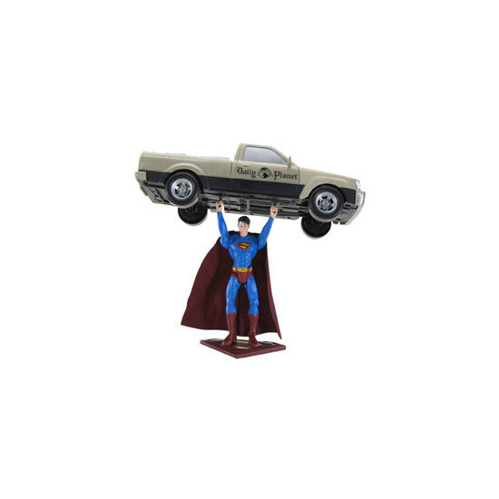 Superman Returns - Truck Lifting Superman
