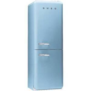 Photo of SMEG FAB32AZ4 Right Hand Hinge Fridge Freezer