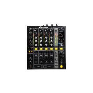 Photo of Pioneer DJM700 Mixer Turntables and Mixing Deck